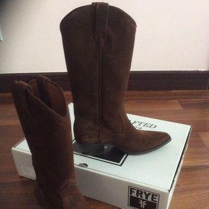Frye Sacha Western Cowboy boots